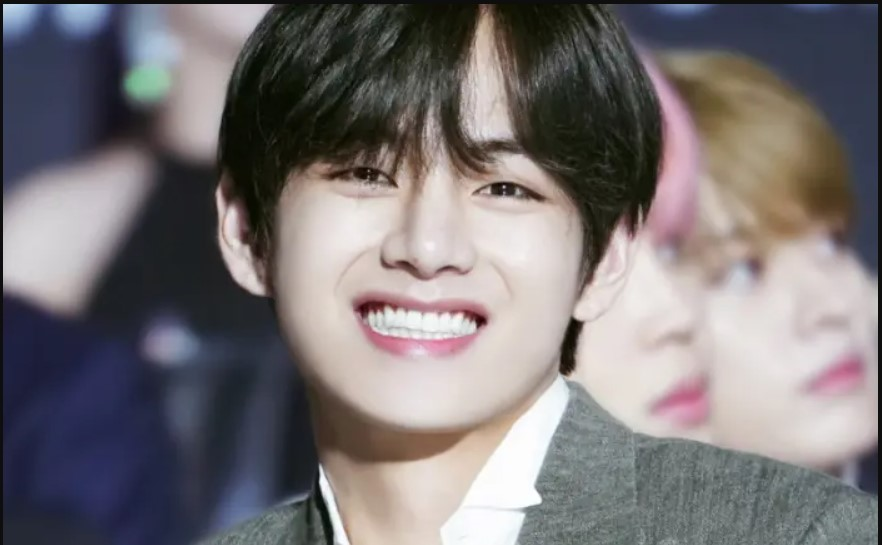 8 Reasons Why Everybody Loves Kim| What Makes Kim Taehyung Special?